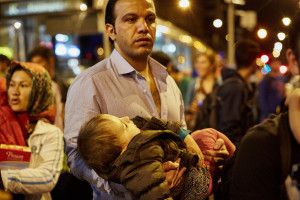 Tomas Rafa: Refugees at Keleti station Hungary_ CB7B5743